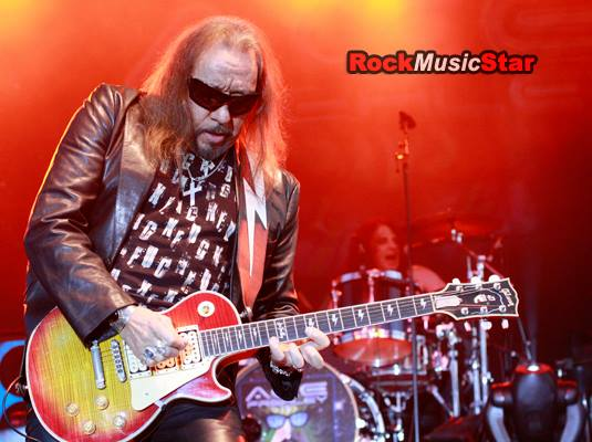 Ace Frehley ecf 2011 a