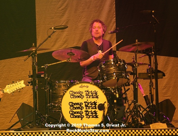 Daxx Nielsen – drums Cheap Trick 2018